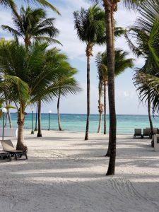 De Uxmal a Cancún en Auto